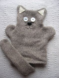 Upcycled Creatively: Cat puppet made from an old jumper - Tutorial