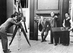 Charlie Chaplin & Buster Keaton on the Comique set - 1920 Charlie Chaplin, Chaplin Film, Buster Keaton, John Hawkes, Charles Spencer Chaplin, Harold Lloyd, Silent Film Stars, Bad Memories, Angels In Heaven