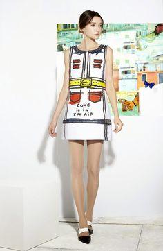 #FASHION #NEWS 2014 Découvrez les images et l'article du #Défilé #Croisière 2015 de #ALICE & #OLIVIA en cliquant le lien ci-dessous: http://fashionblogofmedoki.blogspot.be
