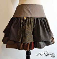 Jupes - site My Oppa Steampunk, Skirts, Fashion, Skirt, Fashion Ideas, Moda, Fasion, Fashion Illustrations
