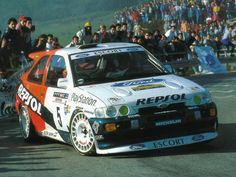 1992_Ford_Escort_RS_Cosworth_rally_010_4636.jpg