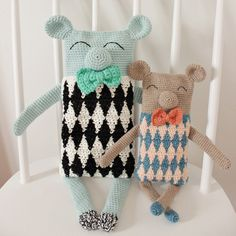 Teddy bear with diamonds, pattern now available on Ravelry and on LoveCrochet.