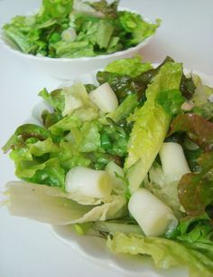 Old fashioned wilted lettuce salad with hot bacon dressing. back to my childhood!