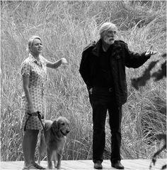 """Michael Haneke y Naomi Watts durante el rodaje de """"Funny games"""" (2007)."""