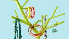 25 Ingenious Jewelry Organization Ideas - new season bijouterie Woodworking Keepsake Box, Woodworking Tools For Sale, Woodworking Workbench, Woodworking Classes, Woodworking Videos, Woodworking Crafts, Youtube Woodworking, Workbench Plans, Woodworking Workshop