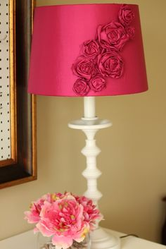 DIY Rosette Lampshade -- so gorgeous!