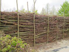 Totholz - Totholz-Hecken / Waende / Zaeune / Pergolen aus Holzstapelwaenden