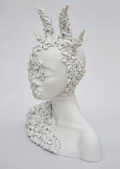 Juliette Clovis - Unique contemporary ceramic sculptures made in Limoges porcelain.