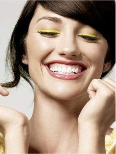 love the matching nails and eye liner. I'm rocking matching lipstick and nail color today. never thought about doing it with eyeliner though, may have to try this. love the yellow. just not sure how'd it look on my skin tone. maybe I could rock this with lime green instead.