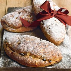 Can it be better than Lidl's mini-stollen? Only one way to find out!