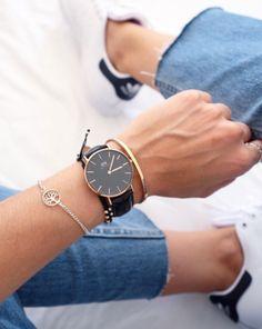 I'm doing a partnership with @danielwellington ! Use code QUIXOTIC for 15% off their beautiful watches :) #danielwellington image via @sarawears
