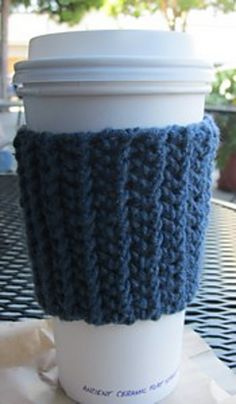 Ravelry: Beginners'  Cup Cozy pattern by Heather Phillips