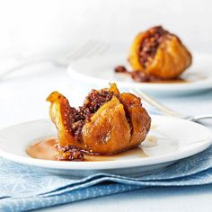Double-Nut Stuffed Figs Recipe -We have a diabetic in the family, so dessert can get tricky. These sweet, nutritious stuffed figs keep us all happy. Diabetic Friendly Desserts, Diabetic Recipes, Diabetic Sweets, Fig Recipes, Great Recipes, Superfood Recipes, Passover Recipes, Favorite Recipes, Jewish Recipes