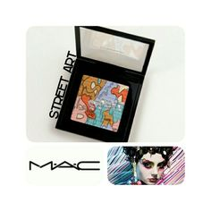 😍2/$50 MAC STREET ART EYESHADOW PALLETTE LIMITED EDITION MAC STREET ART EYE-SHADOW PALLETTE Street Artists challenge art by situating it in non-art contexts...what better location for that than the eye? Amplify your aesthetic with a bronzed, gold pearl and neon pink shadow. 9 g / 0.31 US oz 100% AUTHENTIC BRAND NEW IN BOX NEVER USED NEVER SWATCHED PHOTOS FROM PERSONAL STOCK PRICE IS FIRM!! MAC Cosmetics Makeup Eyeshadow