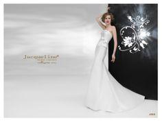 Sfoglia online la collezione Jacqueline 2015 di Creazioni Elena: http://bit.ly/1jJn2Cy
