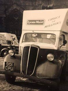 VonDutch tail dragger plaque Ford Chevy Dodge 1950