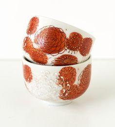 Chrysanthemum, vintage Japanese tea cups
