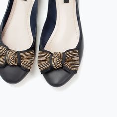 Image 5 of LEATHER BALLET FLAT WITH BOW from Zara