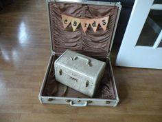 Cream marble Samsonite suitcase 1950's by Traincasesandmore