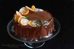 Tort cu ciocolată, portocale, nuci, vin roșu și scorțișoară - tortul Sărbătorilor de iarnă! Tort de Crăciun cu multă ciocolată. Tort cu două tipuri de cremă în aromele specificede Crăciun....