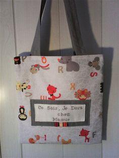 """Tote bag sac a doudou ,sac a jouet brodé main :""""CE SOIR JE DORS CHEZ MAMIE """" pour bébé,et : Sacs enfants par kate27"""