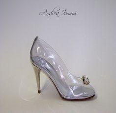 La nostra versione della scarpetta di Cenerentola. Cinderella shoes. PVC e Swarovski. www.andreaiommi.it #scarpe #stiletto #fashion #pvc #swarovski #scarpesumisura #women #tacco #bridalshoes #shoes #cinderella #cenerentola