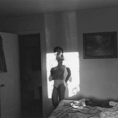 Lee Friedlander Puts Your Selfies to Shame Figure Photography, Framing Photography, Nude Photography, Black And White Photography, Street Photography, Lee Friedlander, One Eyed Cat, Garry Winogrand, Famous Photographers