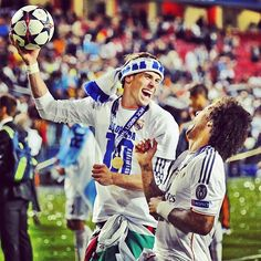 The two goleadors of the #decima @marcelotwelve and @garethbale11 after the victory ⚽️ #championsleague #realmadrid #halamadrid #marcelo #garethbale
