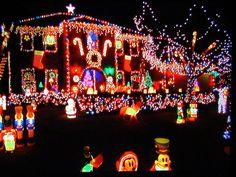 crazy christmas lights | Crazy Christmas Lights Overkill TV Shot | Flickr - Photo Sharing!