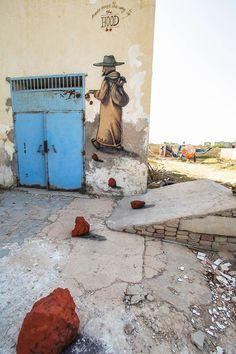 """Avec le projet """"Djerbahood"""", laGalerie Itinerrancea réuni plus de 150 street artists du monde entier pour investir le petit village d'Erriadh sur l'île de"""