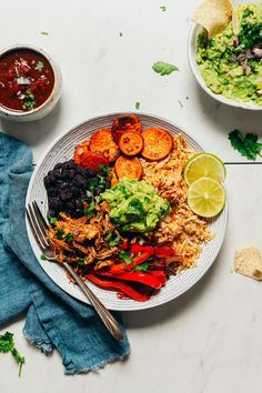 DELICIOUS Grain-Free Burrito Bowls with Shredded Mexican Chicken! BIG flavor, 10 ingredients, ready in about 30 minutes! Stir Fry Peppers, Fried Peppers, Sweet Potato Sauce, Guacamole, Mexican Shredded Chicken, Avocado, Baker Recipes, Roasted Sweet Potatoes, Burrito Bowls