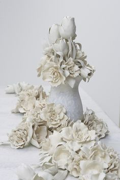 9 Hicks Ceramics by Giselle Hicks. Hand Painted Ceramics, Porcelain Ceramics, Ceramic Pottery, Clay Flowers, Ceramic Flowers, Vases, Plaster Crafts, Paperclay, Contemporary Ceramics