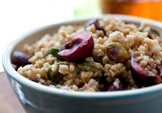 Cherry Pistachio Oatmeal NYT Cooking: You can now find steel-cut oats that cook quickly. If you steep them the night before in boiling water (pit the cherries then, too), this breakfast is a quick one to put together. Oatmeal With Fruit, Pumpkin Oatmeal, Spiced Pumpkin, Oats Recipes, Fruit Recipes, Healthy Recipes, Healthy Foods, Breakfast Time, Breakfast Recipes