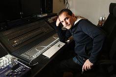 Ismael Serrano anuncia una docena de conciertos por toda España      http://www.europapress.es/cultura/musica-00129/noticia-ismael-serrano-anuncia-docena-conciertos-toda-espana-20121009121720.html