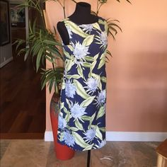 """Tommy Bahama Navy Floral Shift Dress 38"""" bust, 37"""" long from shoulder to bottom, 39"""" waist. Great little navy shift dress, floral print dress. 100% silk, lined. Add jean jacket for when weather is cooler. Slight defect under left armpit (pictured). Tommy Bahama Dresses"""