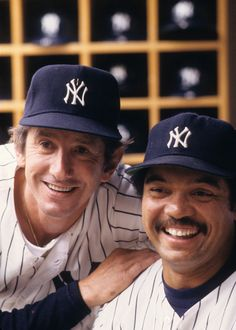 Portrait of New York Yankees manager Billy Martin and Reggie Jackson posing in dugout before a game versus the Toronto Blue Jays at Yankee Stadium. Baseball Star, New York Yankees Baseball, Baseball Photos, Sports Photos, Baseball Players, Baseball Wall, Baseball Cards, Damn Yankees, Yankees Fan