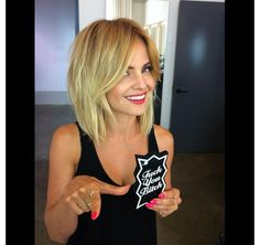 Love Mena Suvari's hair! Love this- maybe a little shorter.