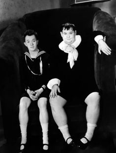 Laurel and Hardy (Stan Laurel & Oliver Hardy) Laurel And Hardy, Stan Laurel Oliver Hardy, Golden Age Of Hollywood, Vintage Hollywood, Classic Hollywood, Great Comedies, Classic Comedies, Classic Movies, Comedy Duos