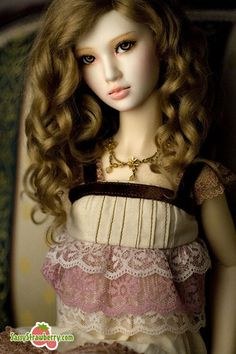 Vanity by Sassy Strawberry, via Flickr