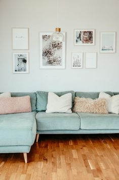 Decorar con laminas , un viaje a la playa Sectional, Decor, Nordic Home, Couch, Furniture, Sectional Couch, Modern House, Modern, Home Decor