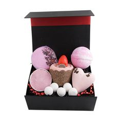 "This ""delightful bath"" gift box hamper comes filled with some lovely items for having special indulgent bath time. Included are luxurious giant bath bombs, bath soufflé, bath pills and a perfectly presented bun gift towel. Lovely special gift on many occasions"