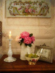 18 century ornement with roses - Création photographique et peinture © Atelier Flont- Roses & Other seasons