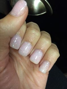 SNS dip nails in the color L7