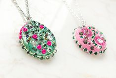 How to Make Sparkling Clay Pendant Necklaces 7