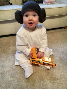 Baby Halloween Costumes  sc 1 st  Pinterest & The Reno-Sparks Mom: Baby Princess Leia Costume | halloween ...