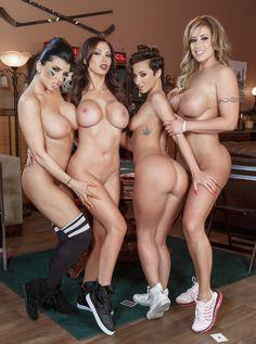 Jada Stevens, Eva Notty, Nikki Benz y Romi Rain