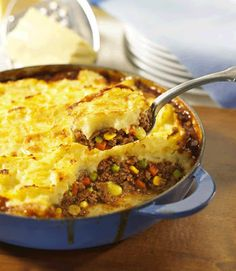"""Shepard's Pie - simple recipe do with cauliflower mash """"potatoes"""" and turkey meat instead and add mushrooms and corn and carrots no peas yuck"""