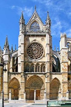 VIP Tours in Spain, Luxury trips, Exclusive experiences all over Spain by the Spanish Travel Agency Madrid Experience - Cathedral Architecture, Revival Architecture, Baroque Architecture, Ancient Architecture, Beautiful Architecture, Architecture Details, Beautiful Castles, Beautiful Places, French Cathedrals