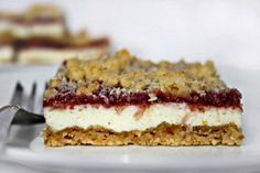 raspberry-cheesecake-bars