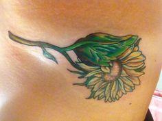 Sunflower tattoo. Love the coloring!! #tattoo #sunflower